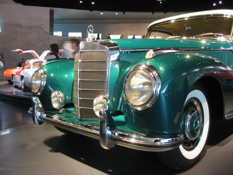 Mercedes-Benz 300 Roadster